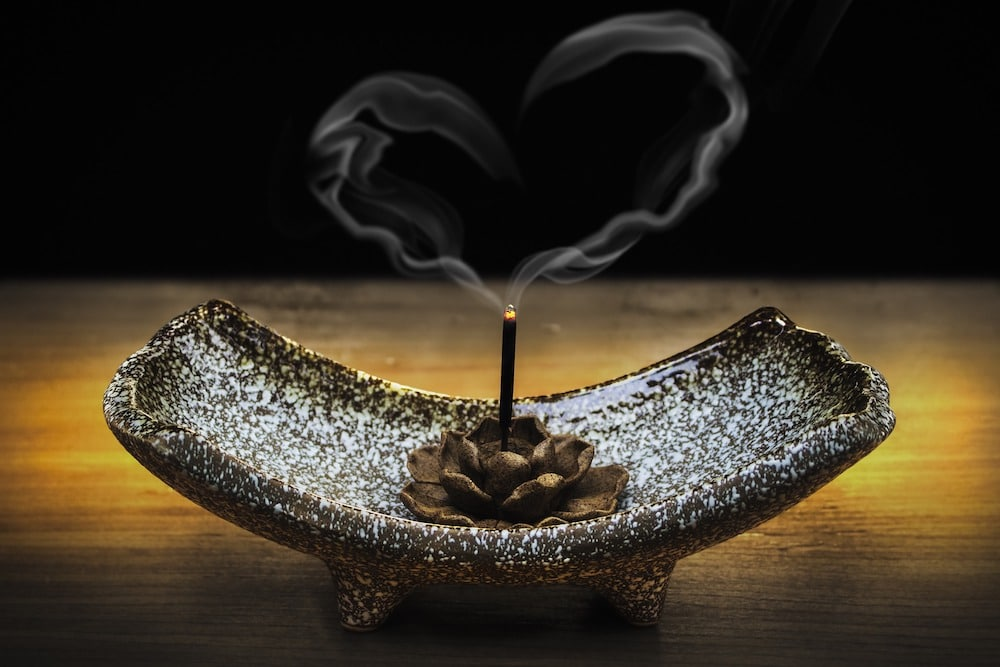 Using Fragrance for a Peaceful Atmosphere